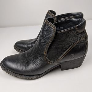 Born Black leather ankle boots Size 8.5
